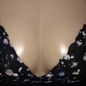 abcceeda2f PINK Victoria s Secret Intimates   Sleepwear - Lace Lightly Lined Wireless Triangle  Bra NWOT