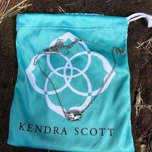 Rare Kendra Scott iridescent Elisa necklace