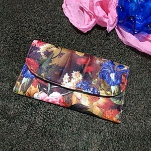Handbags - Boldly Floral Wallet