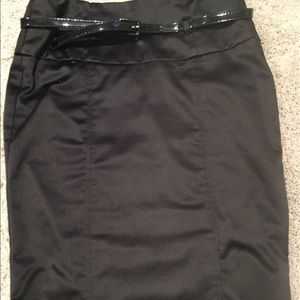 Dresses & Skirts - Black pencil dressy work skirt w belt  back ruffle