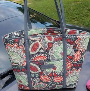 Handbags - Vera Bradley small trimmed tote nomadic floral