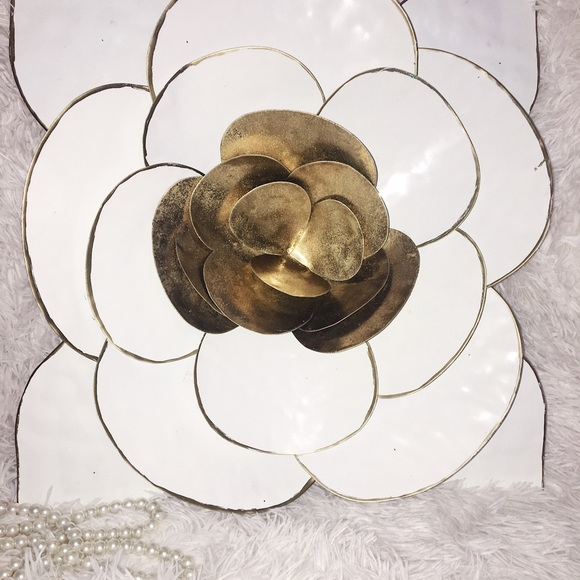 🎀 WHITE LARGE FLOWER METAL WALL DECOR From