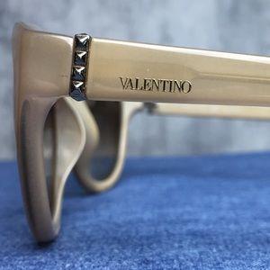 VALENTINO MADE ITALY PYRAMID STUD DETAIL GLASSES!