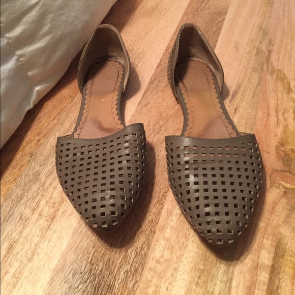 Restricted Shoes - Pointy, toe perforated flats