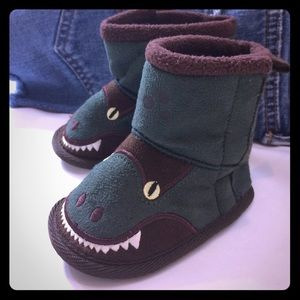 💥Host Pick! 💥 Ugg style baby boots 9-12 Months