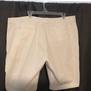 Faded Glory Shorts - BNWT White Chino Bermuda Shorts. Length is 21in.