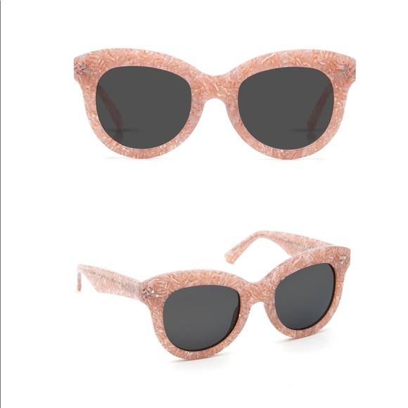6e7084d8e Krewe Accessories - KREWE Julia Camellia Sunglasses
