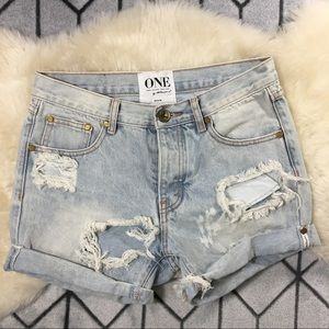 One Teaspoon Chargers Distressed Shorts Size 26/27