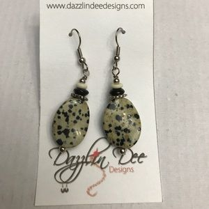 Jewelry - Handcrafted stone earrings
