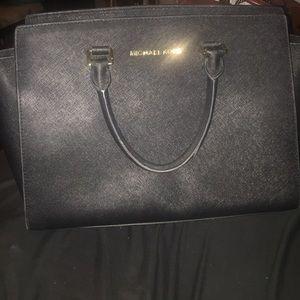 SOLD Large   black saffiano leather Michael SELMA