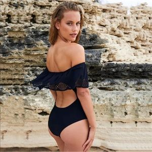 Other - 🎯SALE Firm! Chic Ruffled Strapless One Piece