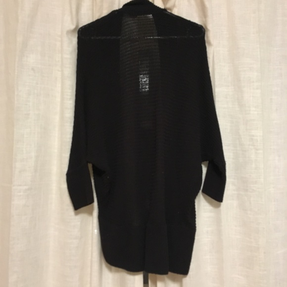 Zara Cardigan Sweater 32