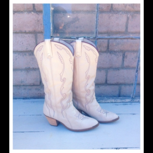 Vintage Acme Western Boots in Cream