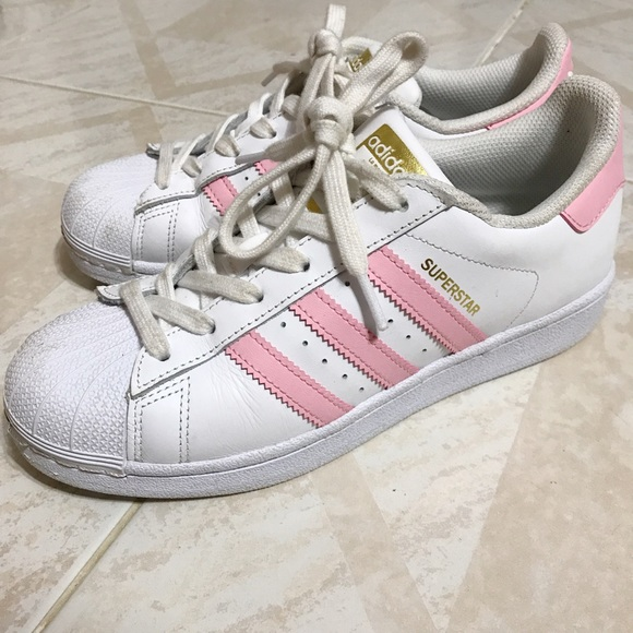 adidas Shoes - BABY PINK ADIDAS SUPERSTAR WOMEN SIZE 7 6c53033a84