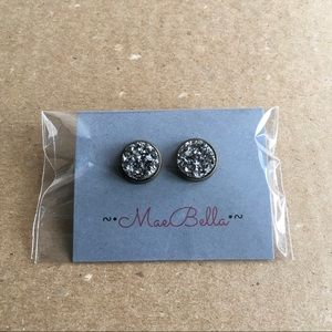 Jewelry - Charcoal silver druzy earrings (2 for $20)