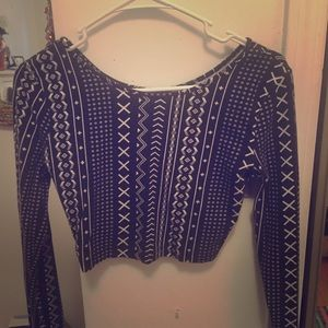 F21 long sleeve patterned crop top