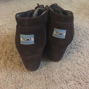 TOMS wedge booties 7