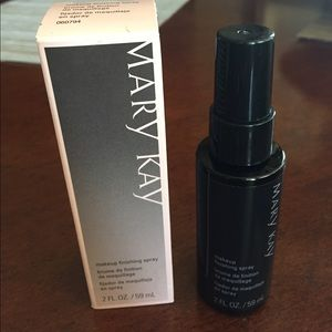 Mary Kay makeup finishing spray