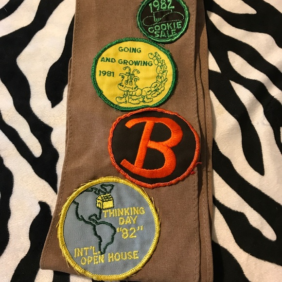 Vintage Brownie / Girl Scout Patches 80s