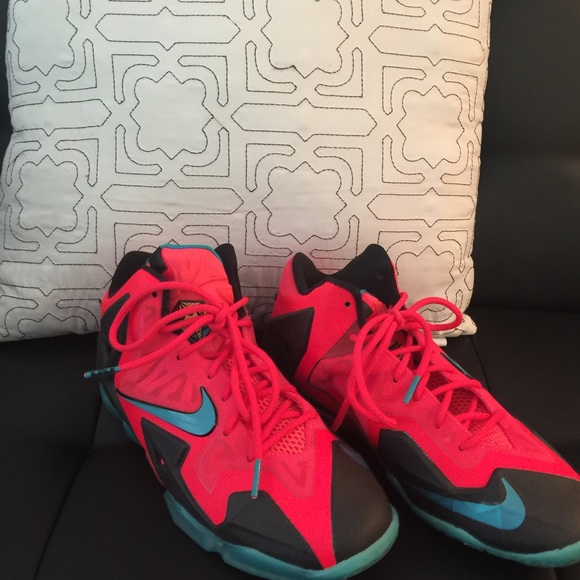 more photos bf888 be70a Nike Shoes | Lebron 11 Elite Hero Edition Youth Size 55 | Poshmark