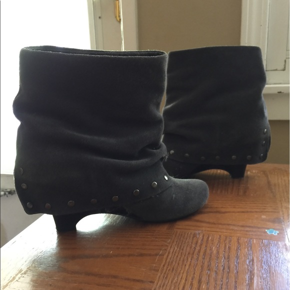 naughty monkey Shoes - Grey suede cuff booties