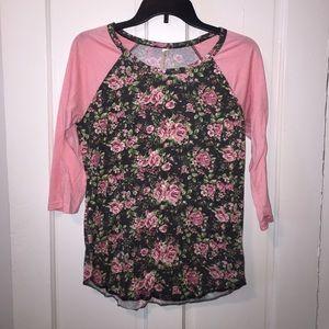 Tops - Women's Floral print shirt