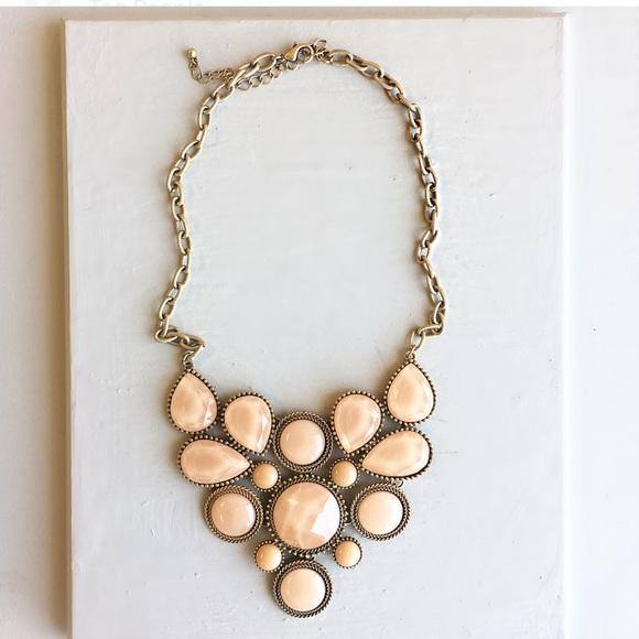 Jewelry - Cute necklace set