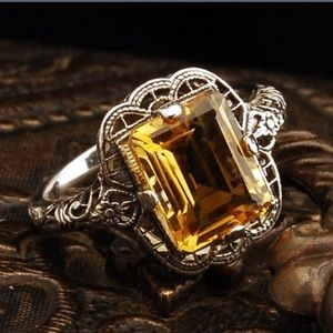 .925 Sterling Silver Citrone Ring