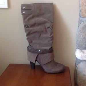 Heeled boots size 9