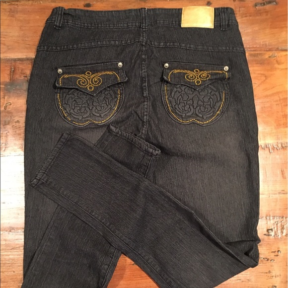 Apple bottom pants
