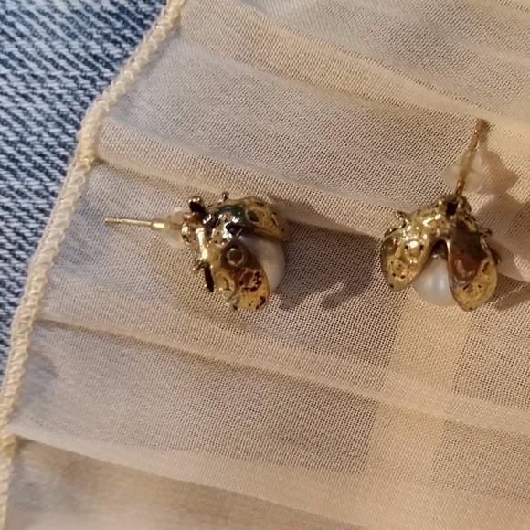 Jewelry - Pearl Ladybug Earrings