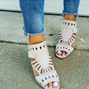 //The Charlize// Stone open toe heel sandal