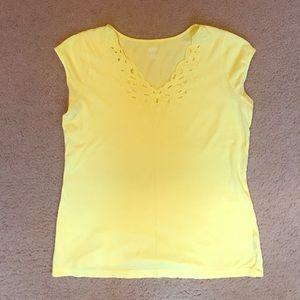 A.n.a size medium yellow tee eyelet designed vneck