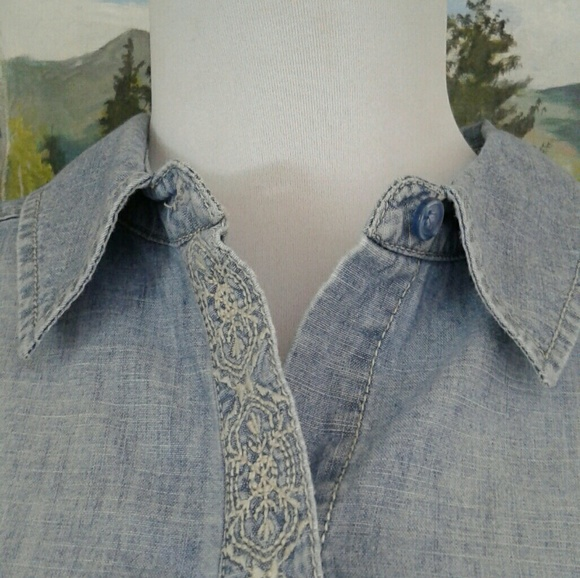 Chicos Denim Blouse 97