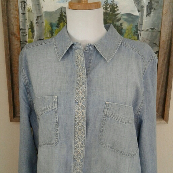 Chicos Denim Blouse 71