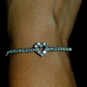 Jewelry - 🛍️White Topaz🛍Sterling/White Gold Heart Bracelet