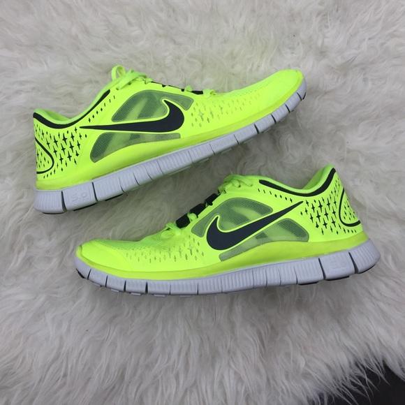 Mens neon green Nike free 5.0. Men's Nike free 5.0