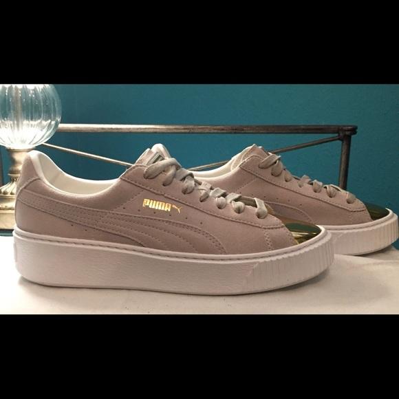 9a38031f30f NWOT 8.5 Puma Women s Suede Platform Gold Shoes