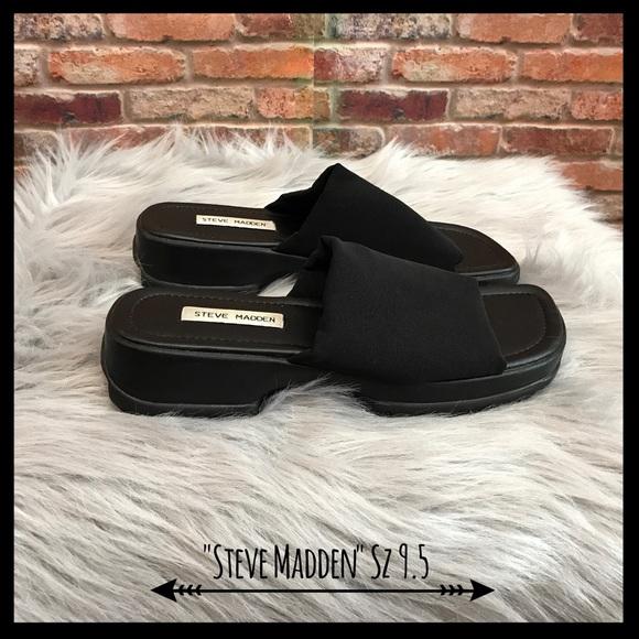 69d0b4e92c5609 Steve Madden Vintage 90 s Slinky Slide Sandals. M 596ff8682fd0b7165700fd14
