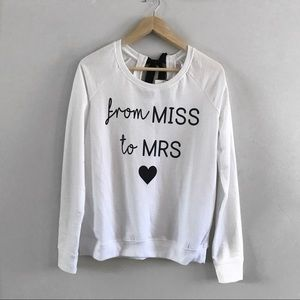 Sweater for the 👰🏼 bride 👰🏼