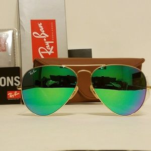 SALE! New Ray Ban Aviator Matte Gold/ green 58mm