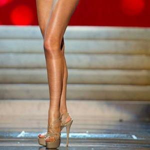 cafe6d4d753 Chinese Laundry Shoes - Nude Platform Sandal Tippy Top Teaser NWOB
