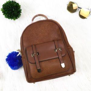 """Handbags - 🔥NEW🔥 """"Denise"""" Trendy Tan Backpack"""