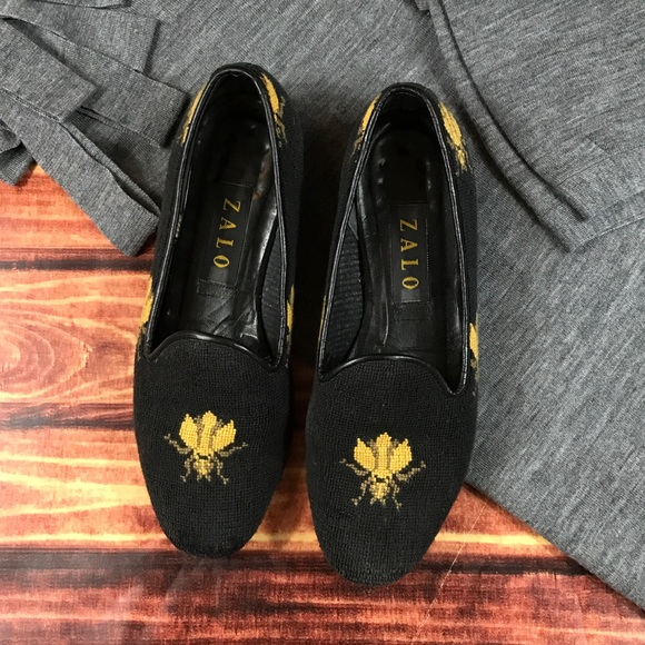 36a172bbf91 Zalo bumble bee needlepoint loafers. M 5970de3cea3f361047035721