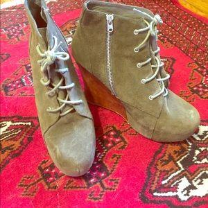 Jeffrey Campbell Green Suede Platform Wedge Shoes