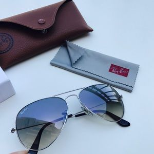 HOLD for Steph!Ray-Ban Silver Framed Aviators