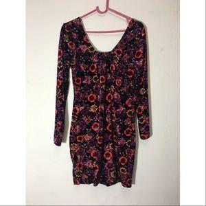 Dresses & Skirts - Velvet floral dress.