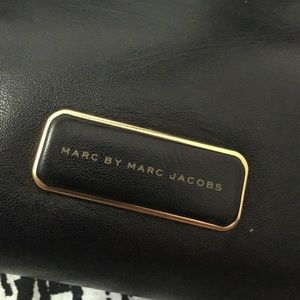 87e1e1fdacd1 Marc By Marc Jacobs Bags - Marc by Marc Jacobs Pike Place East West Tote