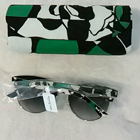 caab10e44a3d Sunglasses and case by Vera Bradley NWT