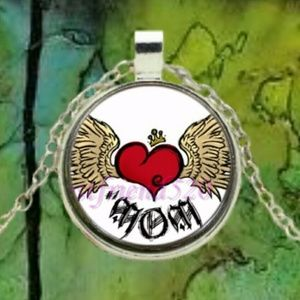 Jewelry - Crowned Heart & Wings For Mom Cabochon Pendant Nec